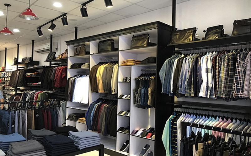 Quần áo thường được bán theo ri đối với khách sỉ